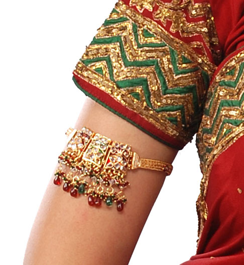 antique-Armlet