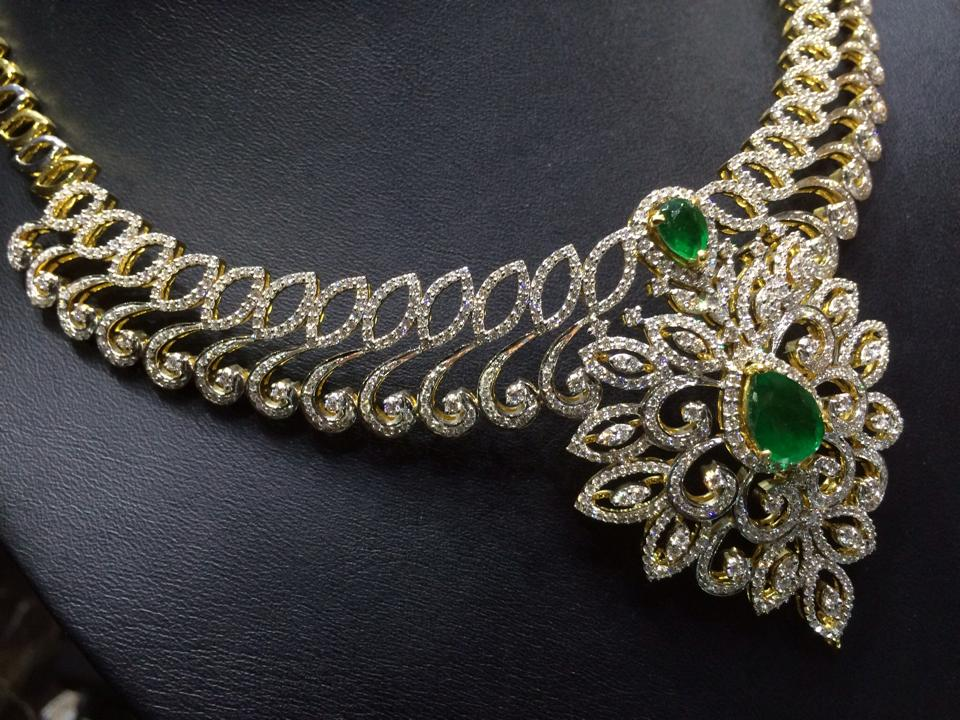 latest diamond necklace collections