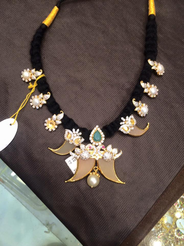 black dori necklace s