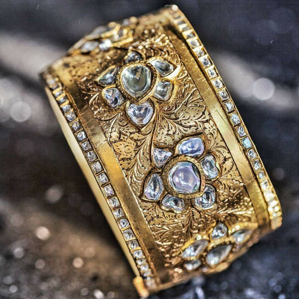 gold-kada-with-diamond-stones